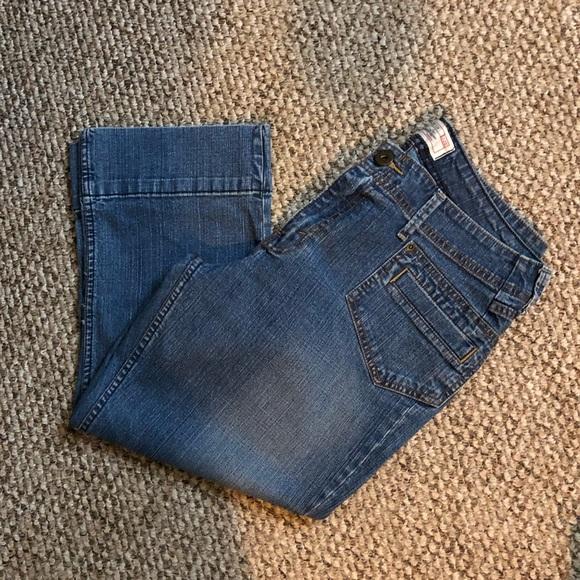 Levi's Pants - Levi's stretch capris
